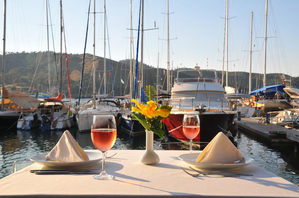 yengeç restaurant fethiye seaside seafood restaurant